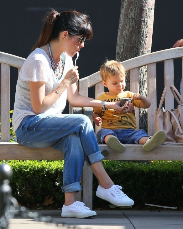 Selma Blair & Arthur Saint Go For Ice Cream 9