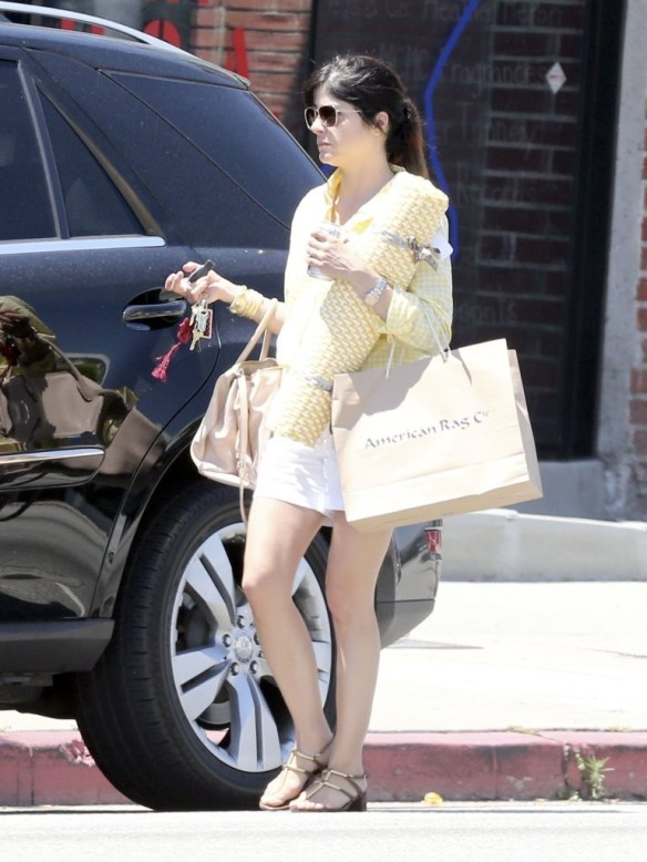 Selma Blair & Jason Bleick Lunch In West Hollywood 1