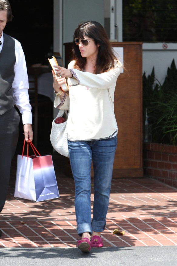 Selma Blair Leaving Freg Segal 11