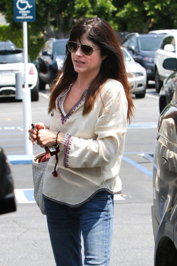 Selma Blair Leaving Freg Segal 12