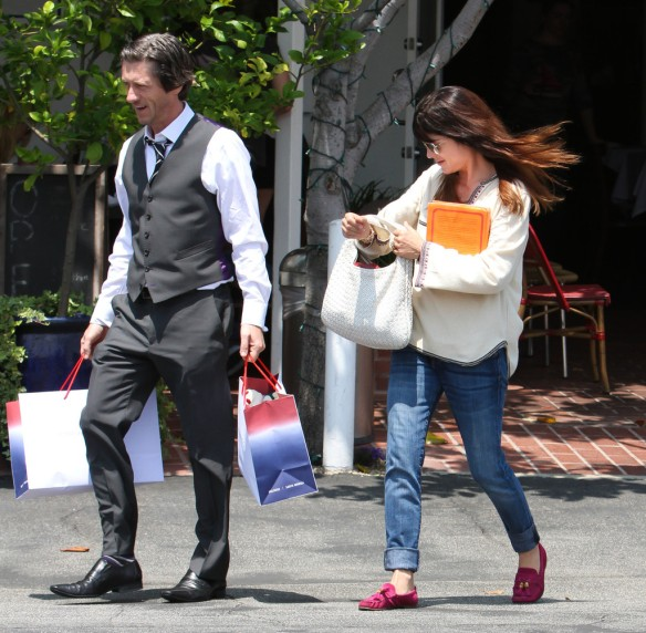Selma Blair Leaving Freg Segal 15