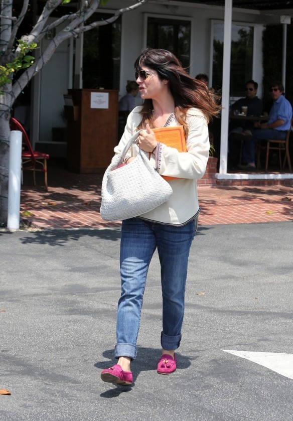 Selma Blair Leaving Freg Segal 2