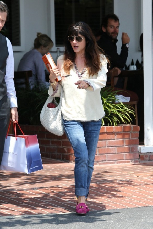 Selma Blair Leaving Freg Segal 5