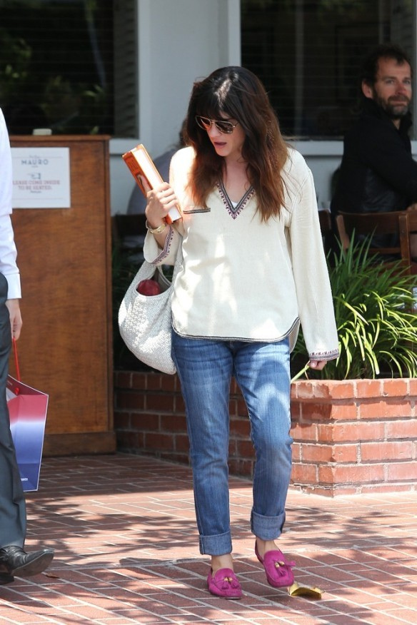 Selma Blair Leaving Freg Segal 6