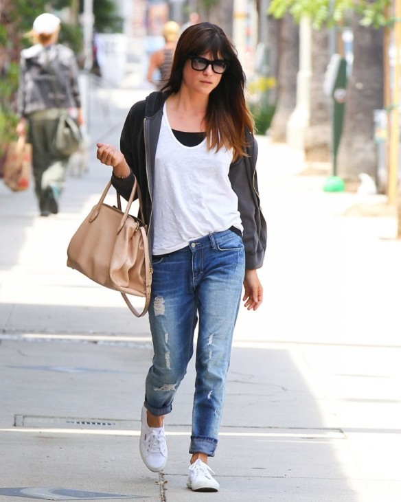 Selma Blair Rockin Denim 1