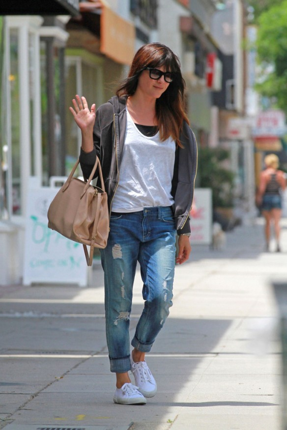 Selma Blair Rockin Denim 10