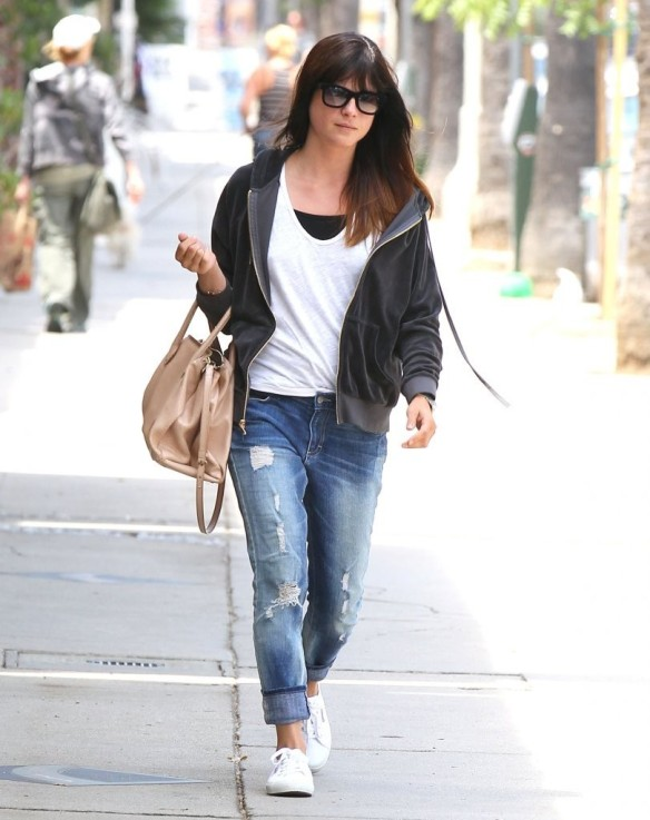Selma Blair Rockin Denim 2