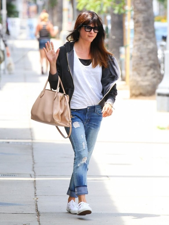 Selma Blair Rockin Denim 4
