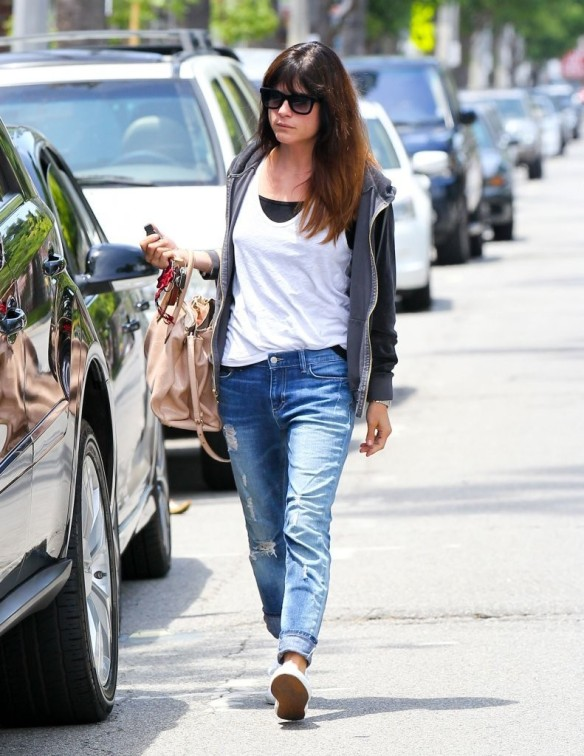 Selma Blair Rockin Denim 9