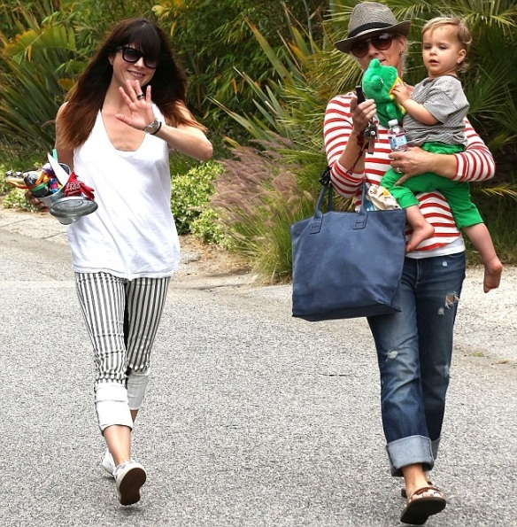 Selma Blair & Arthur Saint Attend Willow Hart's Birthday Party jpg