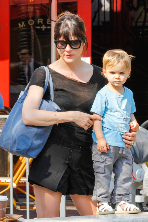 Selma Blair & Arthur Saint At The Grove