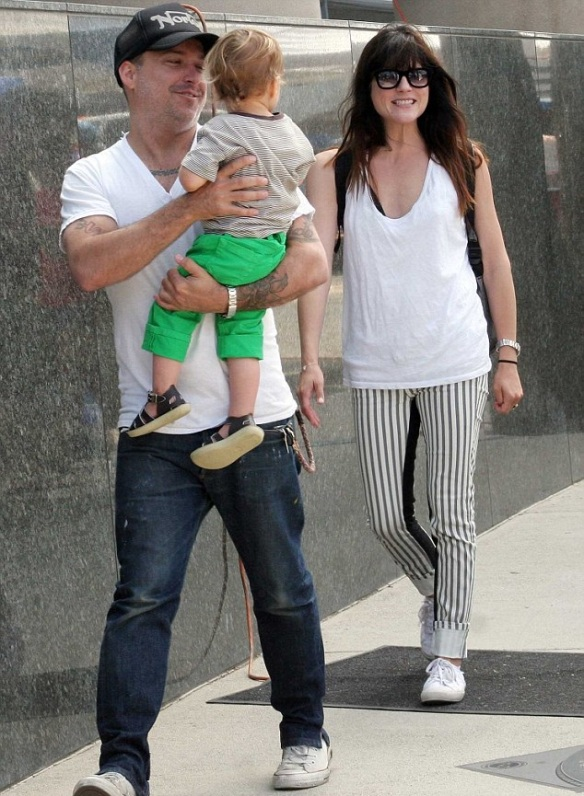 Selma Blair & Jason Bleick Take Arthur Saint To The Farmers Market 1