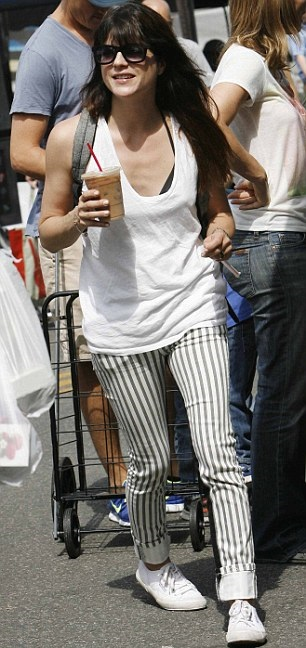 Selma Blair & Jason Bleick Take Arthur Saint To The Farmers Market 5