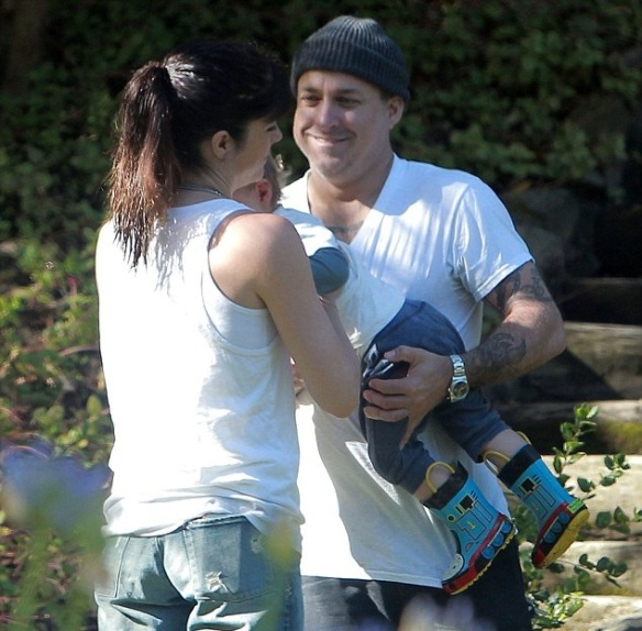 Selma Blair and ex-partner Jason Bleick take their son Arthur to the park