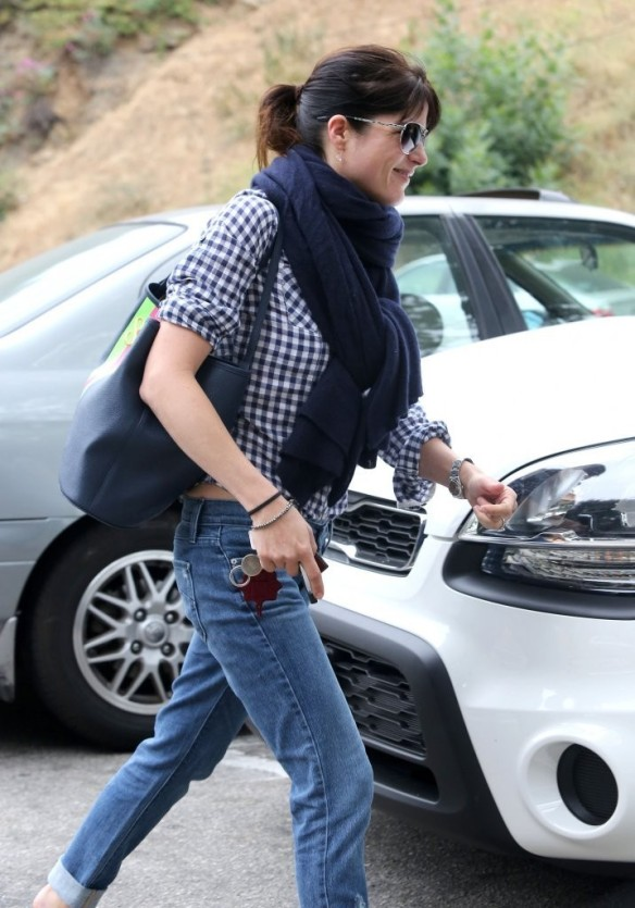 Selma Blair Out For Breakfast 5