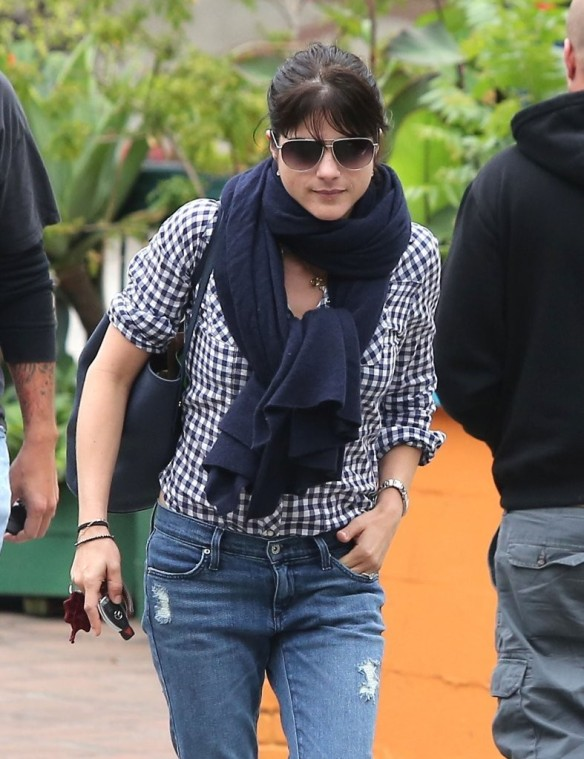 Selma Blair Out For Breakfast 6