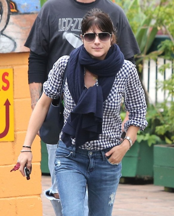 Selma Blair Out For Breakfast 7