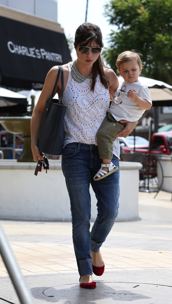 Selma Blair Spends 41st With Baby Arthur 14