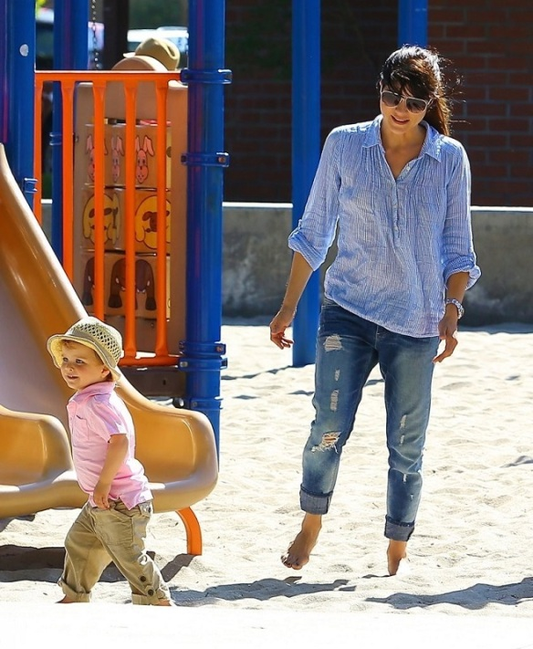 Selma Blair Spends Her Day With Baby Arthur 17
