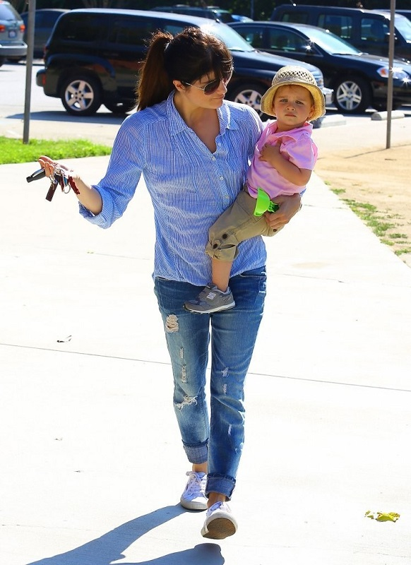 Selma Blair Spends Her Day With Baby Arthur 25