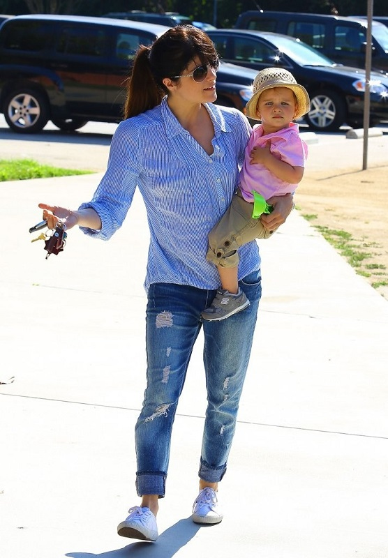 Selma Blair Spends Her Day With Baby Arthur 26