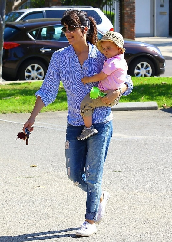 Selma Blair Spends Her Day With Baby Arthur 31