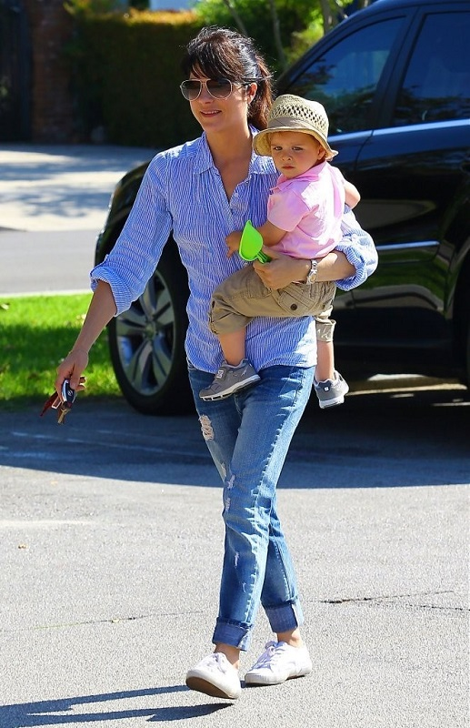 Selma Blair Spends Her Day With Baby Arthur 33
