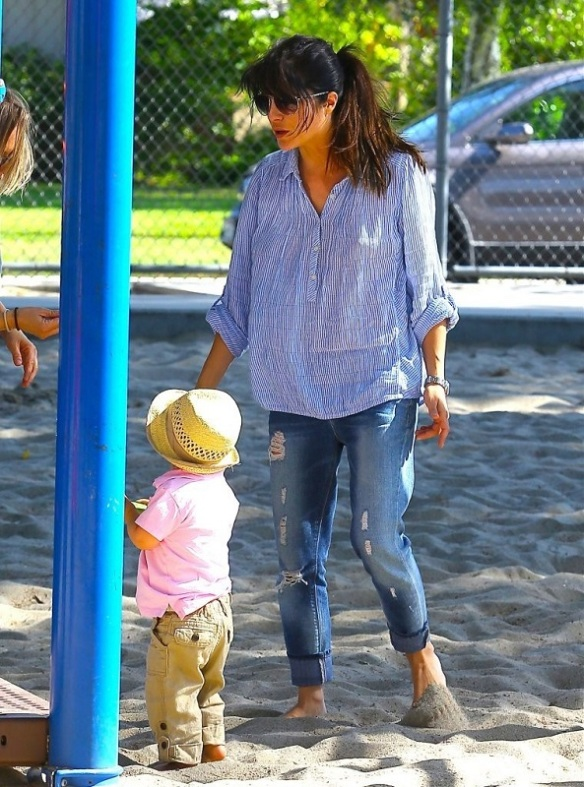 Selma Blair Spends Her Day With Baby Arthur 9