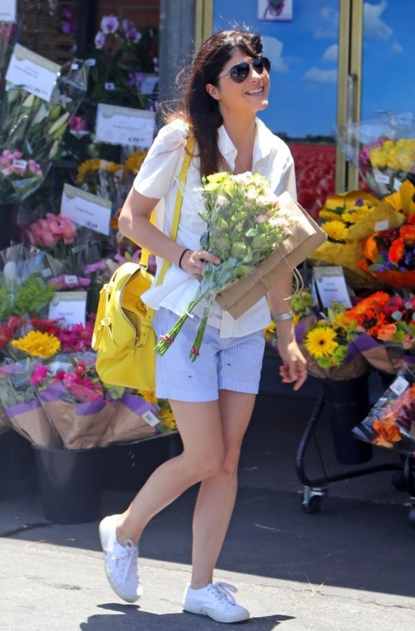 Selma Blair Stocks Up At Bristol Farms 11