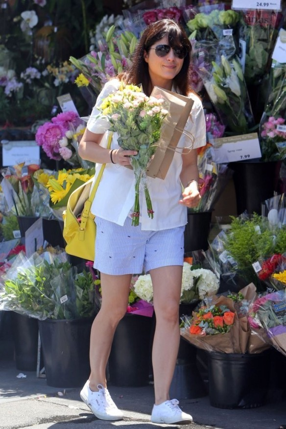 Selma Blair Stocks Up At Bristol Farms 13