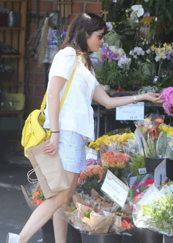 Selma Blair Stocks Up At Bristol Farms 15