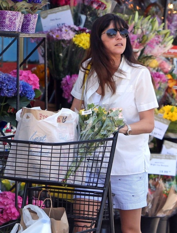 Selma Blair Stocks Up At Bristol Farms 3