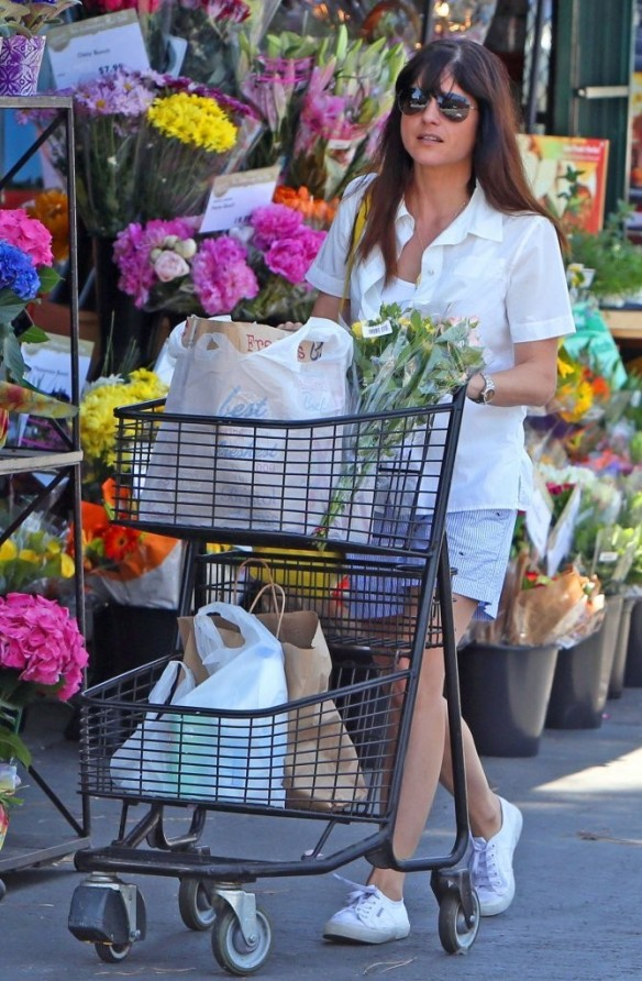 Selma Blair Stocks Up At Bristol Farms 4