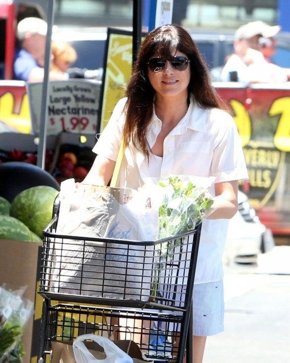 Selma Blair Stocks Up At Bristol Farms 6