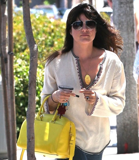 Selma Blair With A Cheery Saint Laurent Tote 2