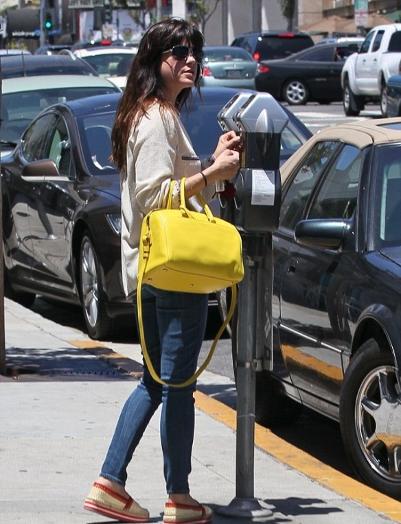 Selma Blair With A Cheery Saint Laurent Tote 4