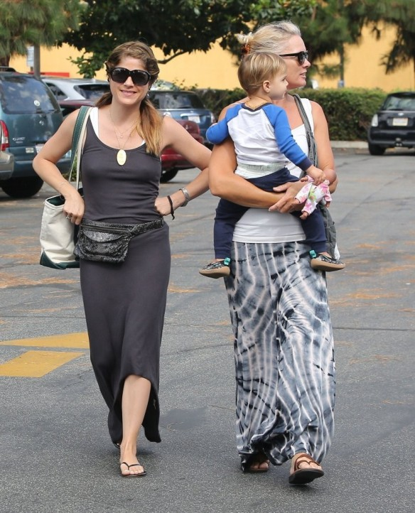 Selma Blair & Arthur Saint Farmers Market Furry Friends 16