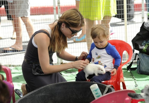 Selma Blair & Arthur Saint Farmers Market Furry Friends 2