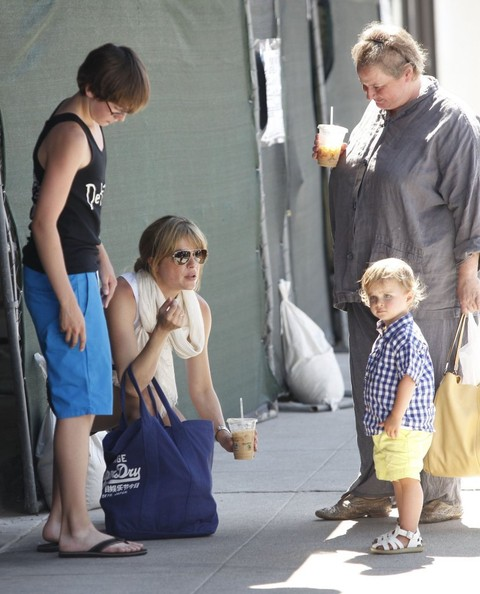 Selma Blair & Son Arthur Stop For Drinks 3