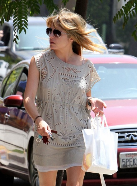 Selma Blair Wearing Greylin Los Angeles August 14 2013 1