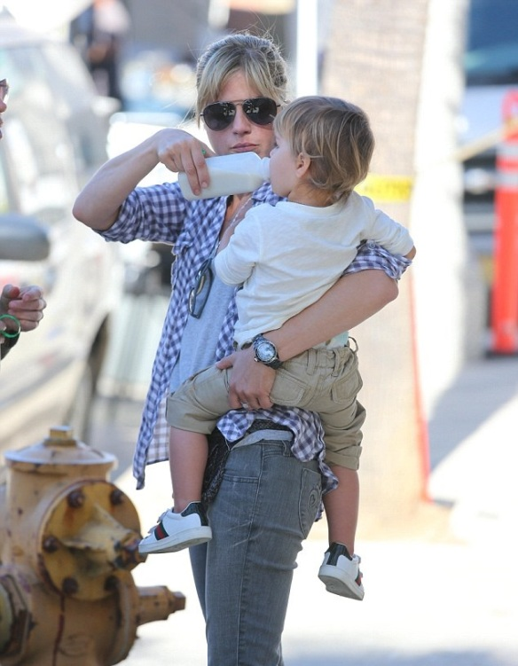 Selma Blair & Son Arthur Spotted At Farmers Market 11