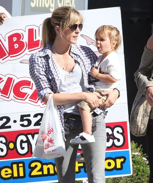 Selma Blair & Son Arthur Spotted At Farmers Market 3