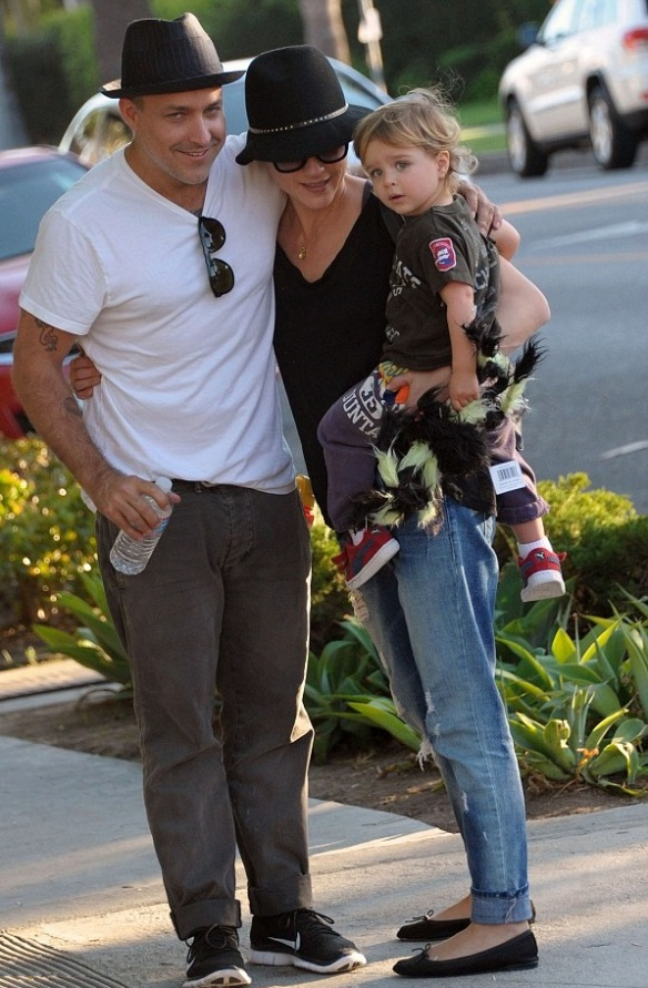 Selma Blair & Jason Bleick Take Son Arthur For Halloween Fun 1