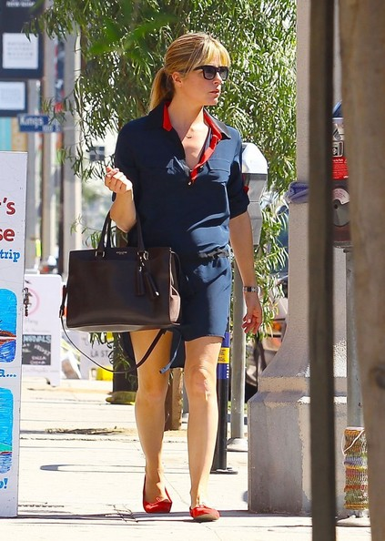 Selma Blair Shopping In LA - October 2013.jpg 3