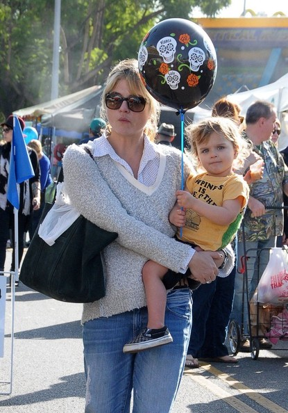 Selma Blair & Arthur Saint Bleick Snow Cones and Slides 12