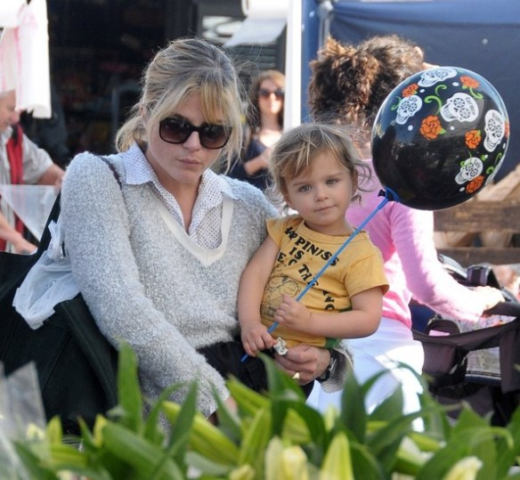 Selma Blair & Arthur Saint Bleick Snow Cones and Slides 6