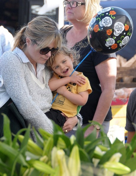 Selma Blair & Arthur Saint Bleick Snow Cones and Slides 7