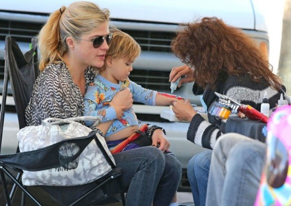 Selma Blair & Arthur Saint Get A Tattoo 2