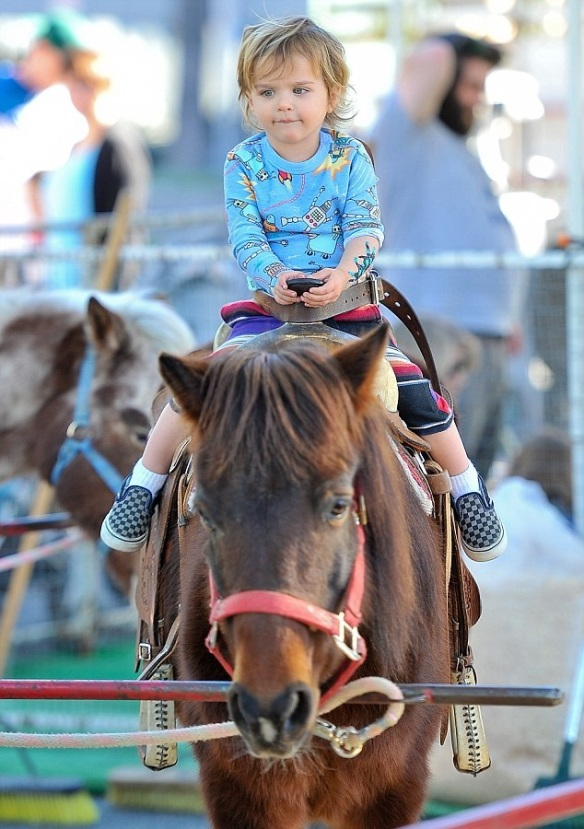 Selma Blair & Arthur Saint Pony Rides 3