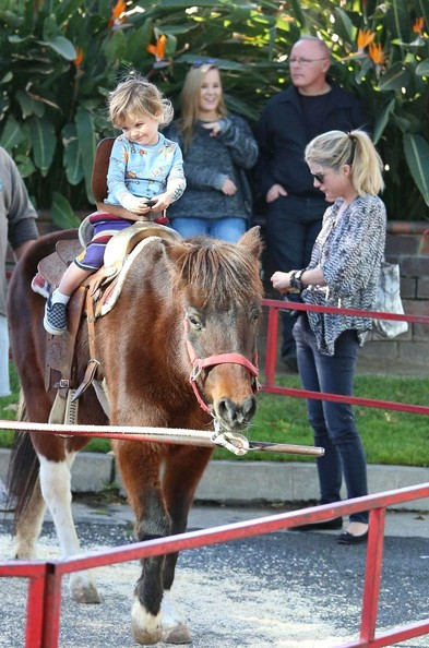 Selma Blair & Arthur Saint Pony Rides At Farmers Market 2